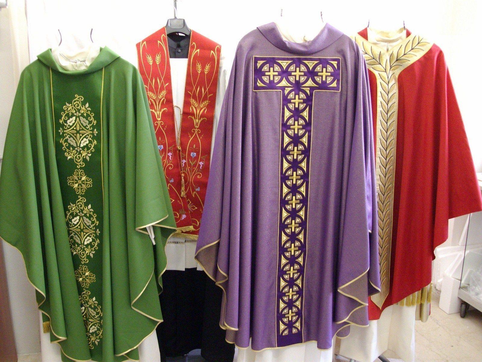 Il primo negozio online di arte sacra e articoli religiosi for Arredi religiosi