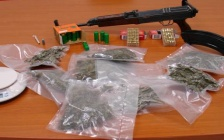 arrestato 23enne noto alle forze dell'ordine per armi e droga