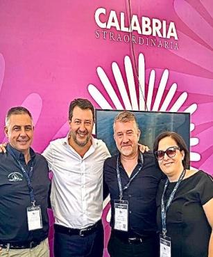 Matteo Salvini al Salone Nautico di Genova abbraccia la Calabria che produce