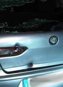 San Lucido, 4 colpi di fucile contro un'auto